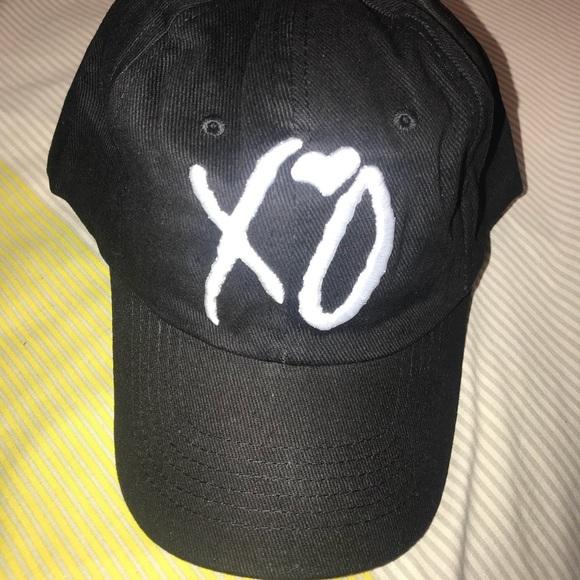 The Weeknd Dad Hat XO. M 5acaefc22ab8c5a7439c915a dec1d3927127